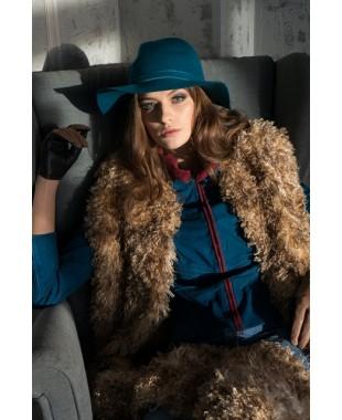 Женская шляпка из фетра с кабашонами2