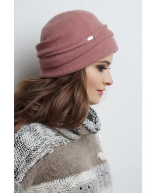 Женская шапочка из войлока с высоким отворотом