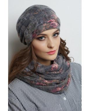 Женская трикотажная шапочка на флисе с бантиком