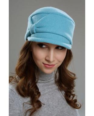Женская кепка с отворотом и бантом