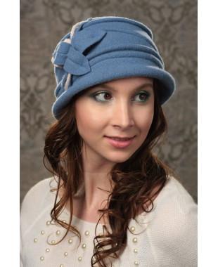 Женская шляпка с декором