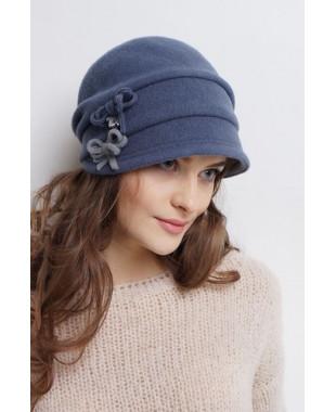 Женская кепка из войлока мягкой формы