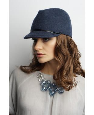 Женская кепка из фетра в стиле милитари