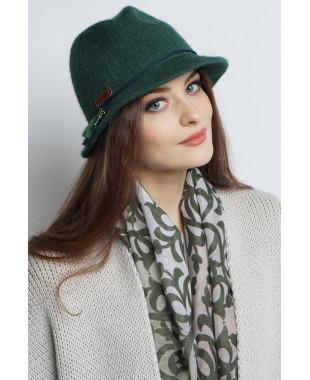 Шляпа-федора из формованного трикотажа с подвесками