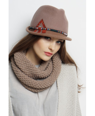 Шляпа-федора из фетра с трикотажным полем и этническим шнуром