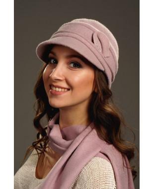 Женская кепка с улиткой и стразами