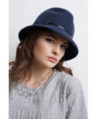 Женская шляпка из фетра федора