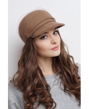 Женская кепка из фетра с сеткой