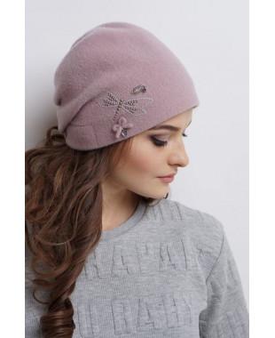 Женская шапочка из войлока мягкой формы со стрекозой