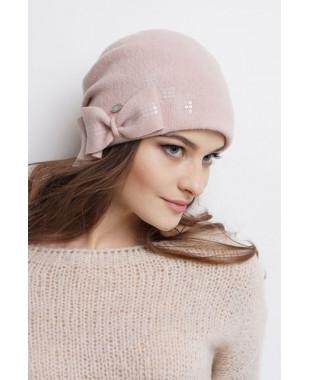 Женская шапочка из войлока мягкой формы с бантиком и паетками