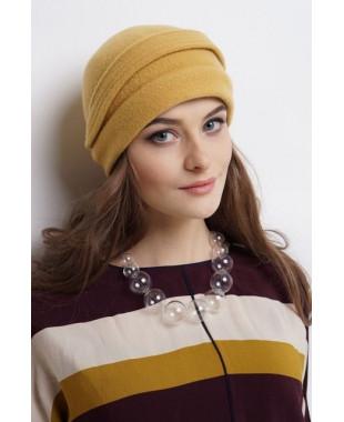 Женская шапочка-трансформер из войлока с отворотом