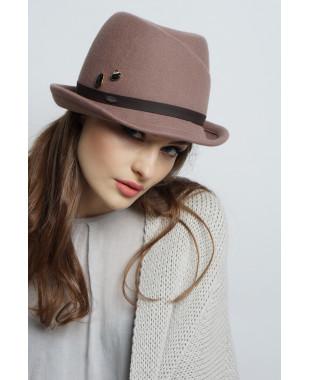 Шляпа из фетра с замином и подвесками