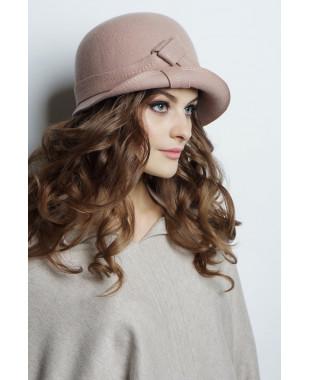 Шляпа из фетра с узлом и полем вверх