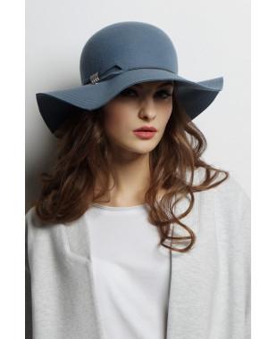 Шляпа из фетра с прямоугольным полем
