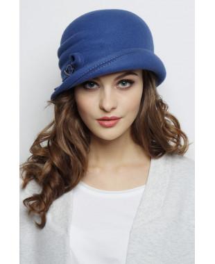 Шляпа из фетра с полем вверх, валиками по тулье и пряжкой